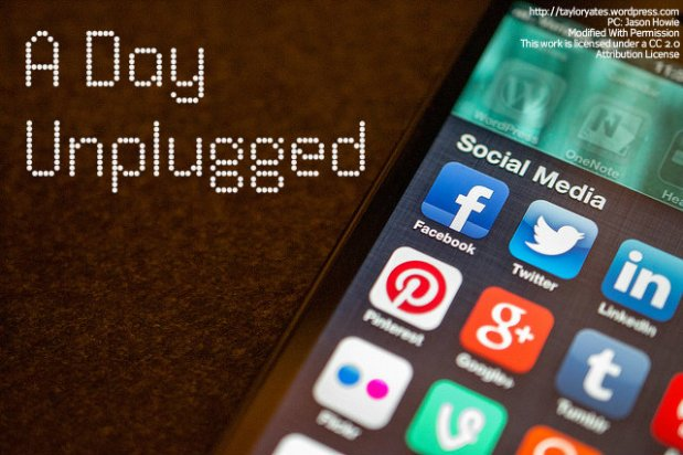 A Day Unplugged (AKA How I Banned Myself From Facebook For A Day and Didn't EvenDie)